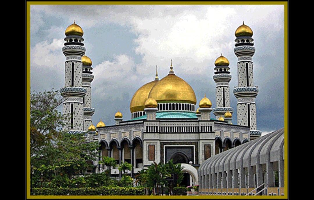 Faisal Mosque Overview Islamabad, Pakistan