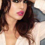 Priyanka Chopra Romantic pic