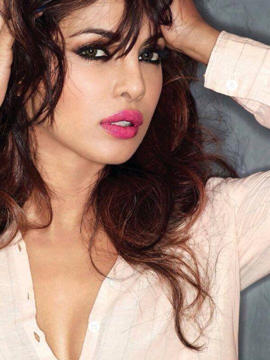 Priyanka Chopra Wallpapers