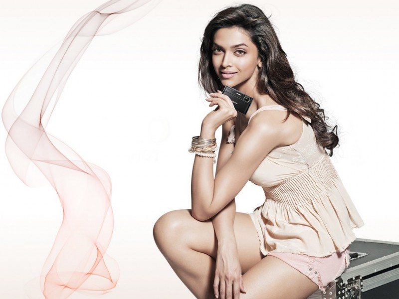 Bollywood Actress Deepika Padukone HD Wallpapers