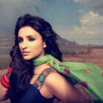 download parineeti chopra wallpapers