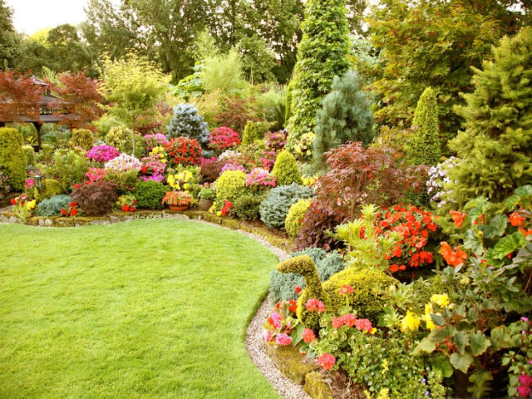 Beautiful flower garden and lawn ideas flowers wallpaper for Flower landscape
