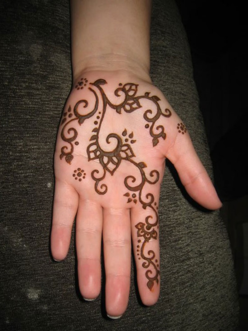 beautiful mehndi designs pictures