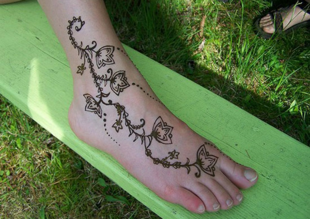 Best Eid Mehndi Designs (27)
