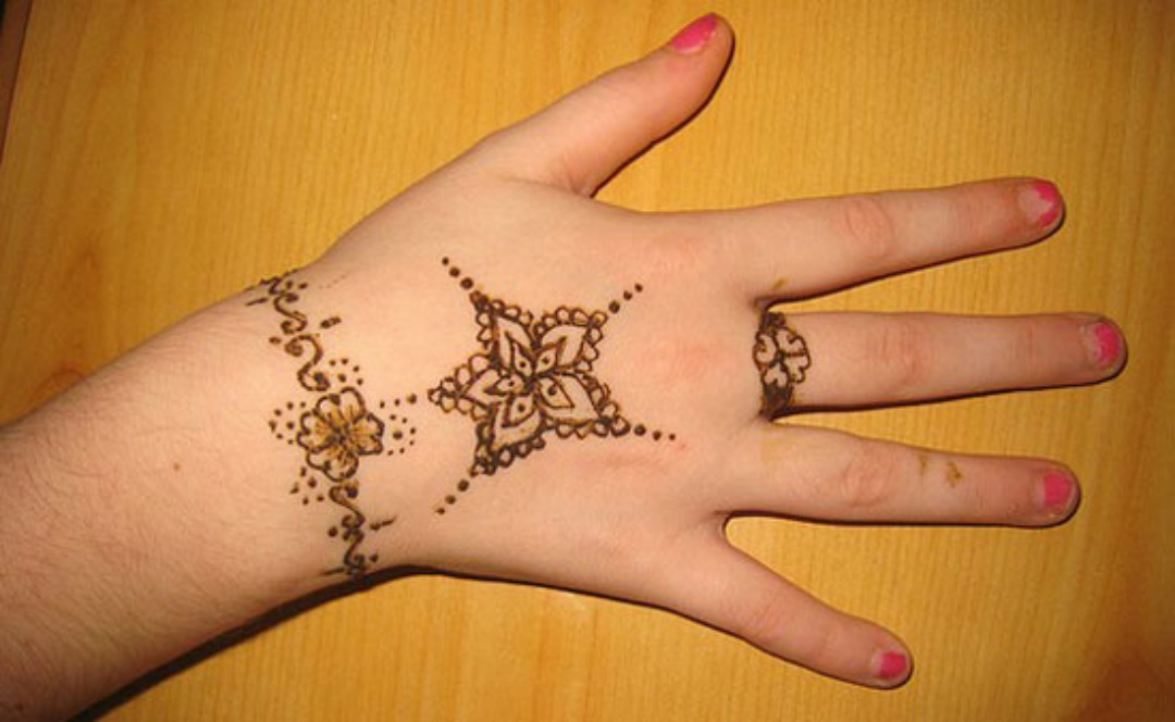 easy mehndi design (1)