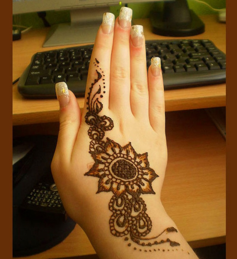 mehndi design for hands (2)