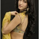 Shruti Haasan Sexy Photos