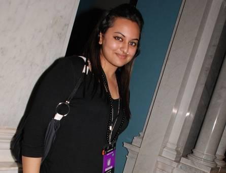 sonakshi sinha before diet Pictures