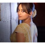Sonakshi Sinha new wallpapers hd