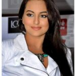 Sonakshi Sinha hot face