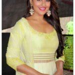 Sonakshi Sinha smile face