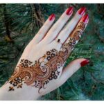 Very Stylish mehndi design