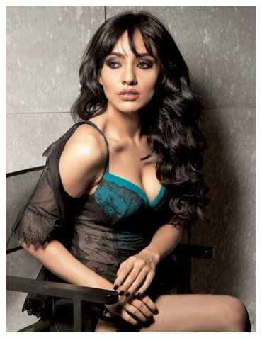 Actress Neha Sharma HD Wallpaper