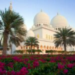 Sheikh Zayed Grand Mosque in Abu Dhabi Free wallpapers download