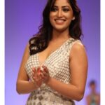 Yami Gautam Bra pictures wallpapers