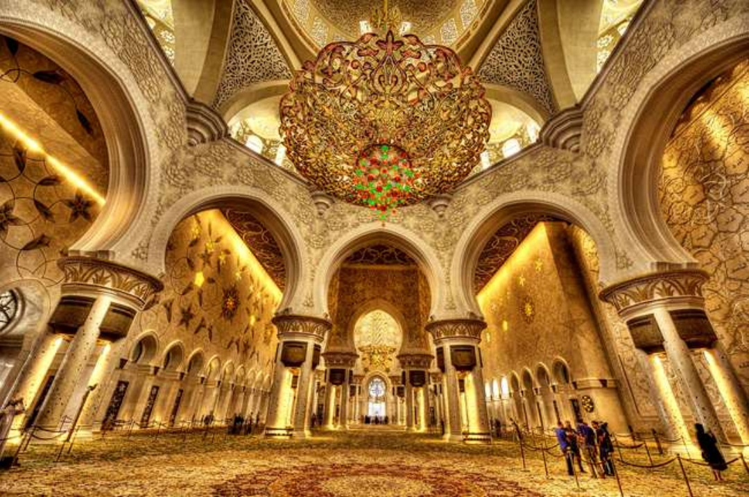 The Shaikh Zayed Grand Mosque in Abu Dhabi full hd wallpapers
