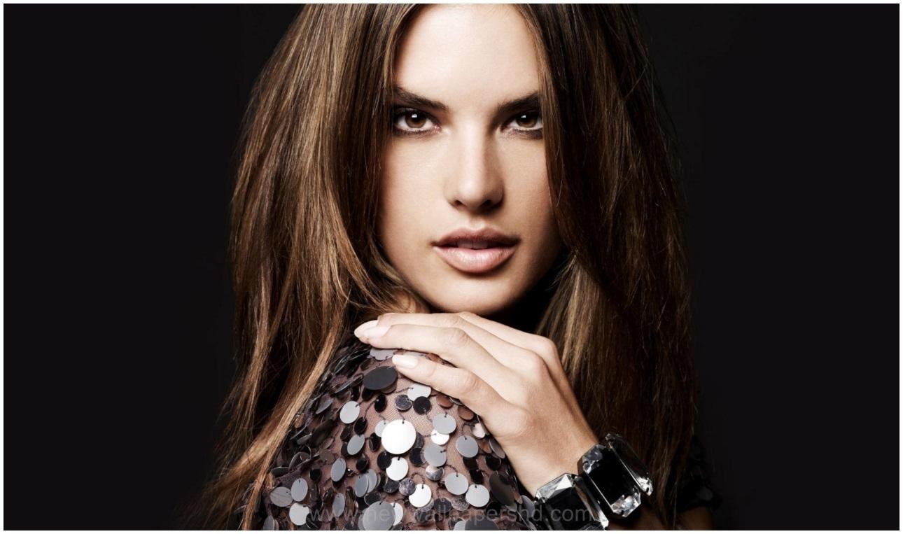 Alessandra Corine Maria Ambrósio  Brazilian model Pics