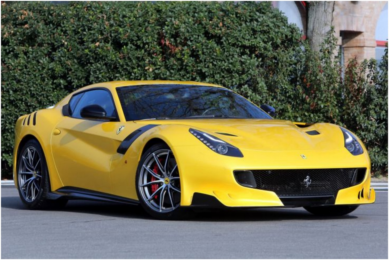 Best 2016 Ferrari F12tdf hd Car Picture Download
