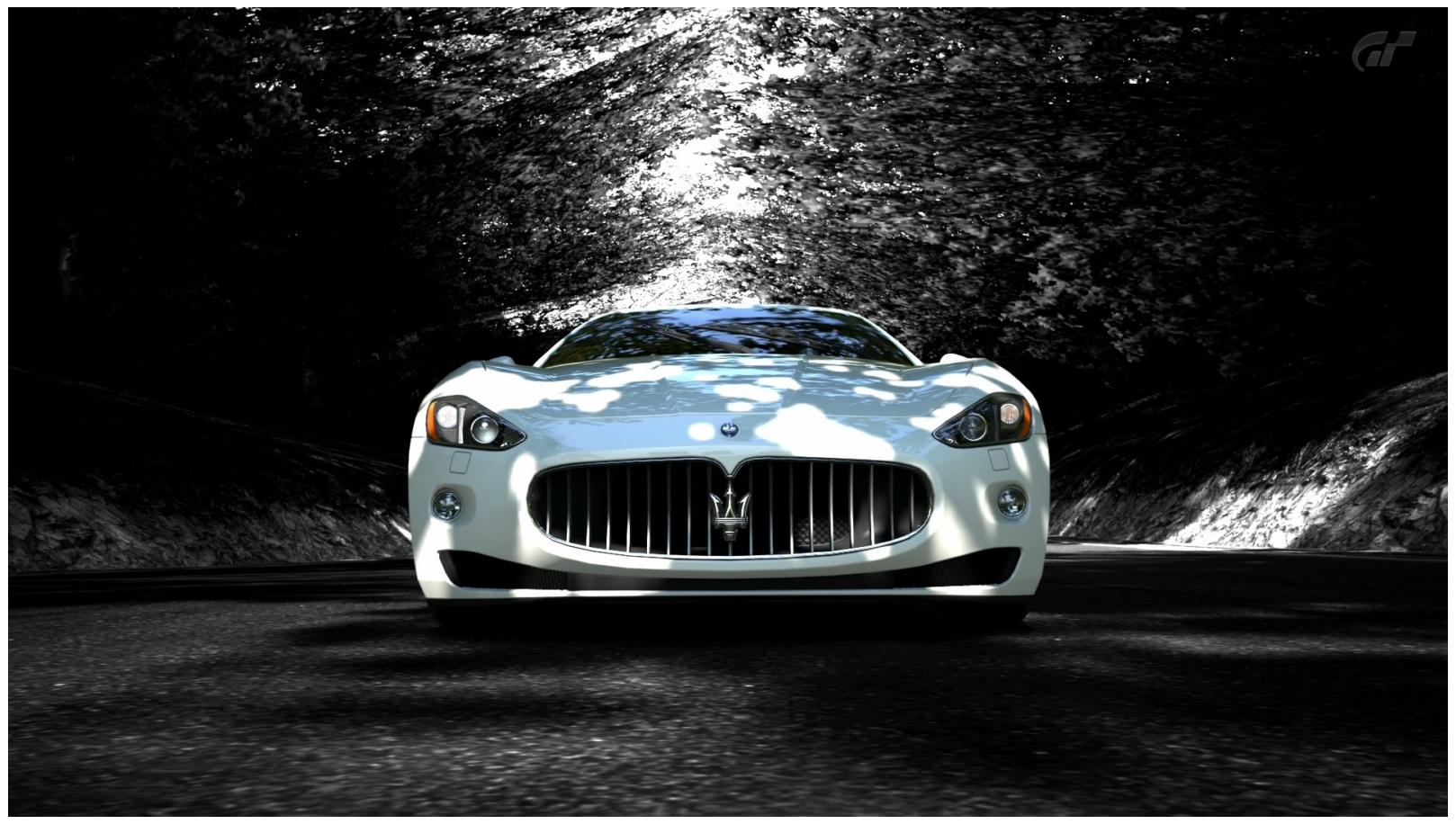 Full HD Maserati Granturismo Car Wallpapers