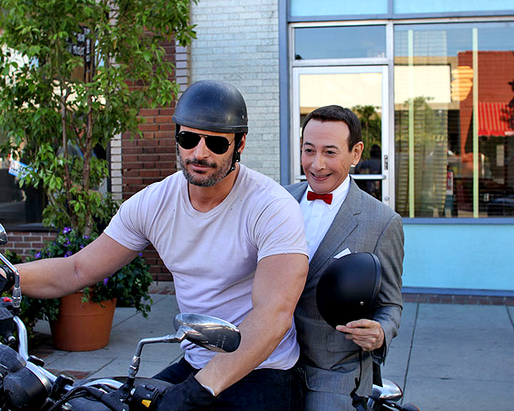 USA Actor joe-manganiello-on-bike
