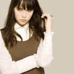 Cute actress Felicity Jones photos