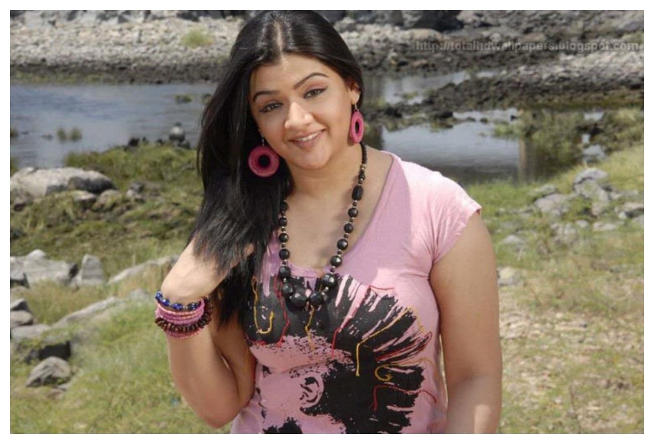 Indian actress Aarthi Agarwal photos