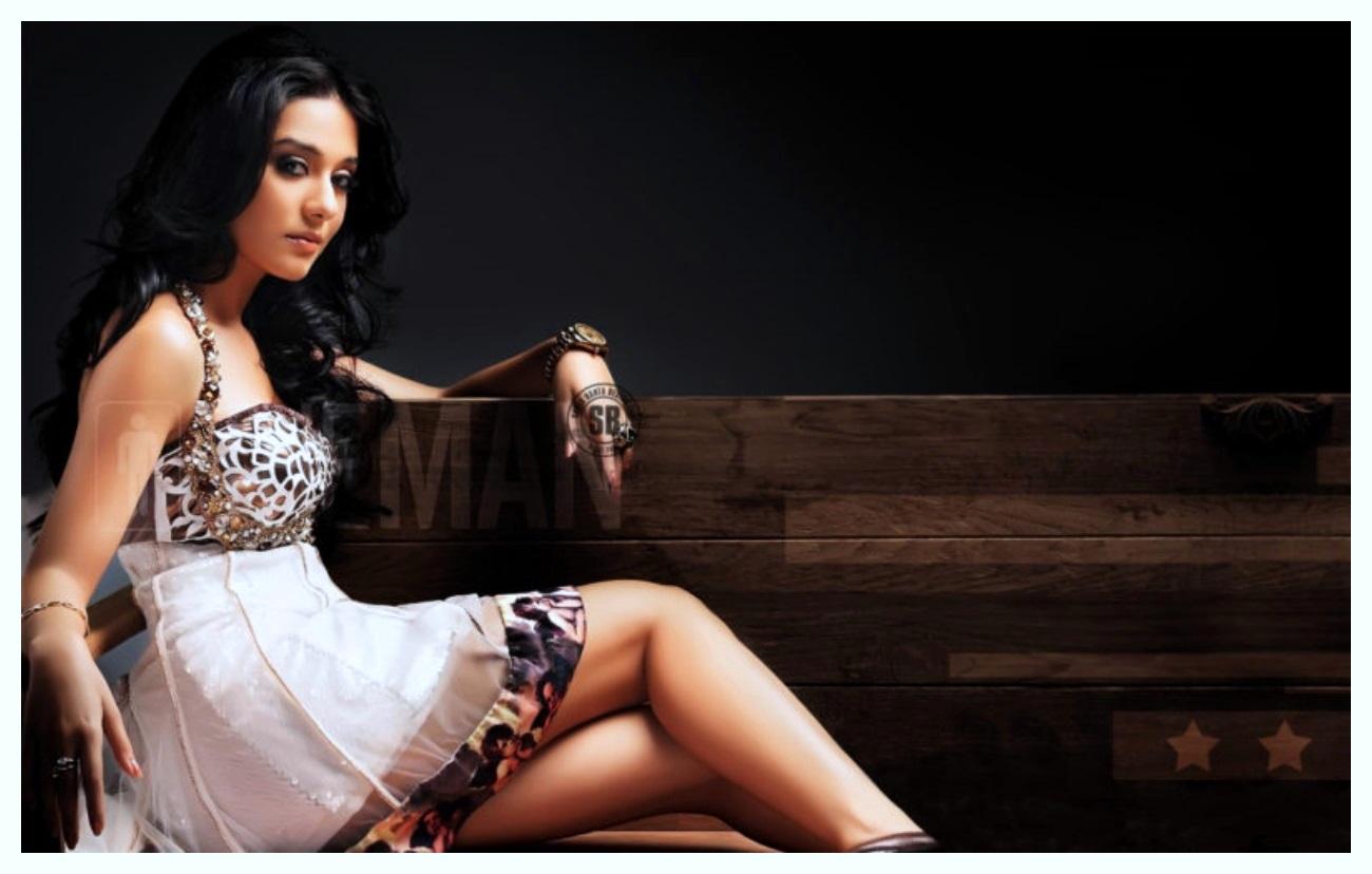 Amrita Rao Photos Vivah free images
