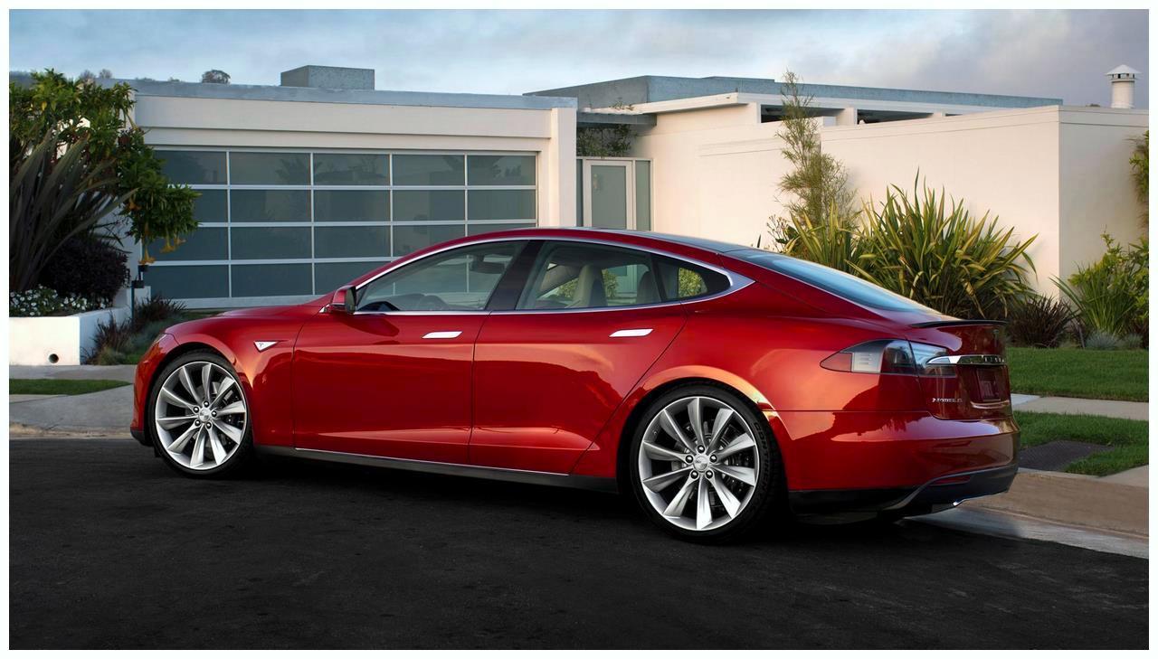Tesla Model S Review & Ratings