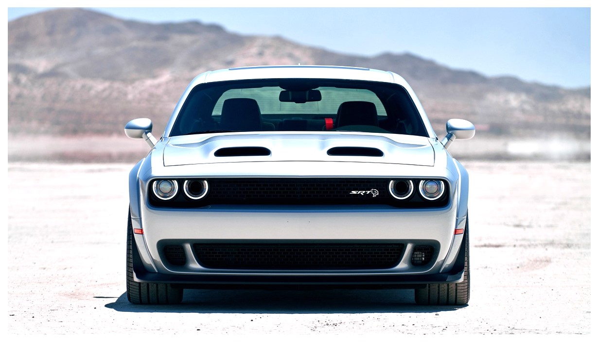 2019 Dodge Challenger SRT Hellcat Redeye Widebody Wallpaper